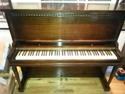 Upright Piano WW Radcliffe Made Boston, MA circa 1935