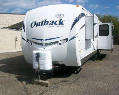2012 Keystone Outback Ultra-Lite 29.8 RE