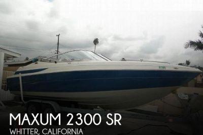 1998 Maxum 2300 SR