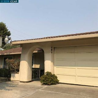 141 Hillview Vallejo Six BR, Beautiful home up on the hill with