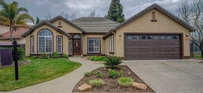 STOP! If you haven't seen this you're missing these beautiful Rocklin homes