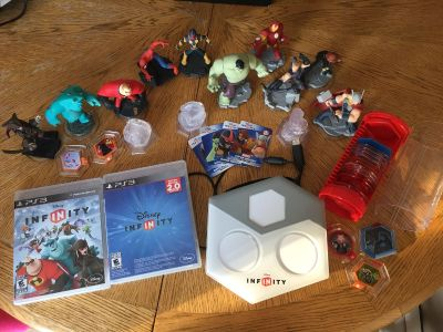 EUC Large Lot of Disney Infinity for PS3 *Everything shown is included in price*