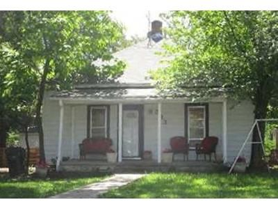 3 Bed 1 Bath Foreclosure Property in Claremore, OK 74017 - E 6th St