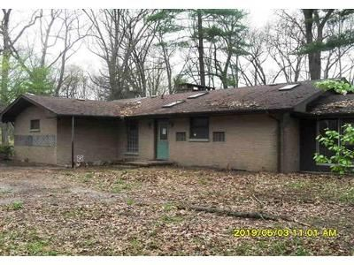 3 Bed 2 Bath Foreclosure Property in Edwardsburg, MI 49112 - Hillview Dr