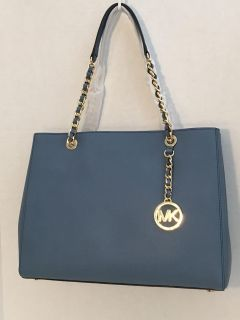 NWE Authentic Michael Kors Susannah Large EW Tote.