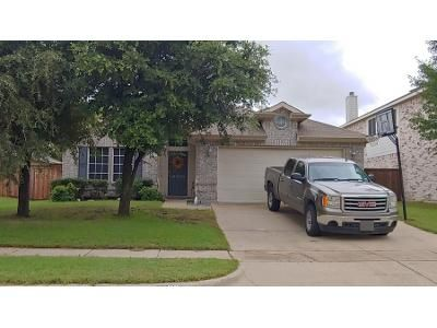 3 Bed 2.0 Bath Preforeclosure Property in Grand Prairie, TX 75054 - Fluvia
