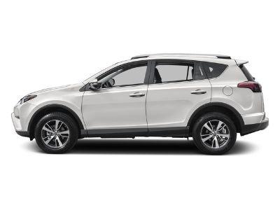 2016 Toyota RAV4 FWD XLE (Super White)