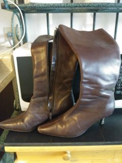 Women's BROWN Size 6.5 Knee-High BOOTS