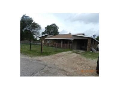 4 Bed 1 Bath Foreclosure Property in Westville, OK 74965 - Us-62