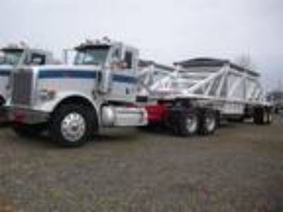 Used 2008 Peterbilt 367 for sale.