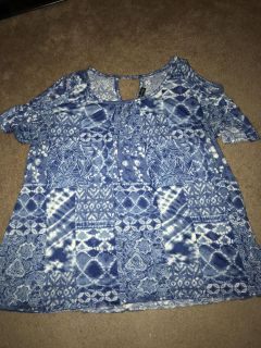 Size 2x top