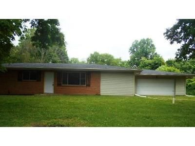 3 Bed 2 Bath Foreclosure Property in Avon, IN 46123 - Aho Dr