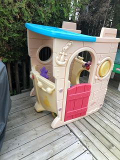 Fisher price boat house