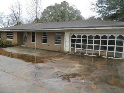 3 Bed 2 Bath Foreclosure Property in Decatur, GA 30035 - Covington Hwy