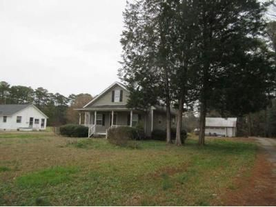 2 Bed 1 Bath Foreclosure Property in Mathews, VA 23109 - Thurston Rd