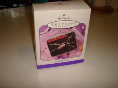 1998 HALLMARK KEEPSAKE ORNAMENT STAR WARS Lunch Box Pressed Tin