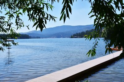 Spokane Vacation Rentals on Long Lake, WA