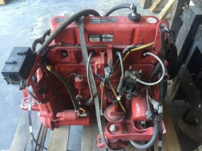 Sell Volvo Penta 3 liter motor for a I/o boat . Missing carb and manifold motorcycle in Ozona, Florida, United States