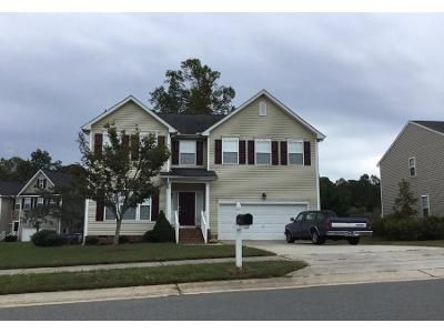 4 Bed 2.5 Bath Preforeclosure Property in Wake Forest, NC 27587 - Cantlemere St