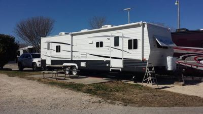MUST SELL 2013 Travel Trailer