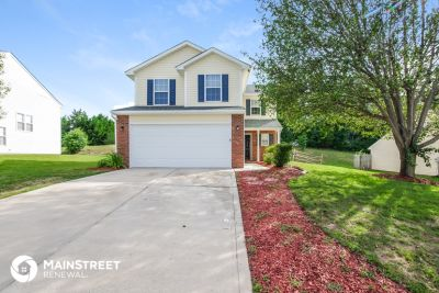 $1695 4 apartment in Mecklenburg County