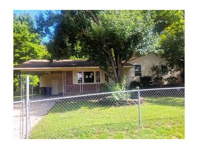 3 Bed 1.1 Bath Foreclosure Property in Spring Lake, NC 28390 - Mack St