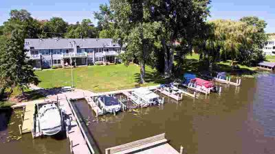 251 S 1ST Street Winneconne Two BR, WATERFRONT CONDO w/boat