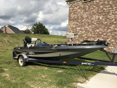 1994 Bumble Bee 254 Bass Boat with 75HP Mercury