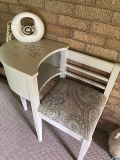 Vintage gossip bench. Cross posted. Moving sale... great price on this redo! Firm price.