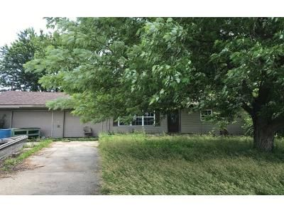 3 Bed 1.0 Bath Preforeclosure Property in Lima, OH 45801 - N Dixie Hwy