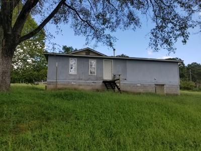 3 Bed 2 Bath Foreclosure Property in Bigelow, AR 72016 - Front St
