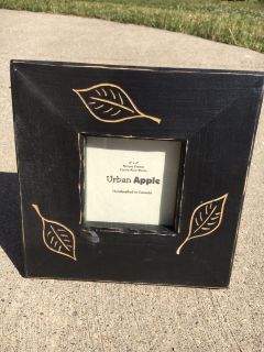 Black Urban Apple 4x4 Wooden Picture Frame