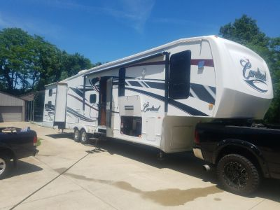 2011 Forest River CARDINAL 3804BH