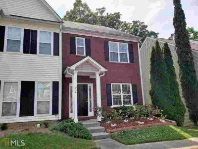 930 TREE CREEK Blvd LAWRENCEVILLE, Move-in ready!