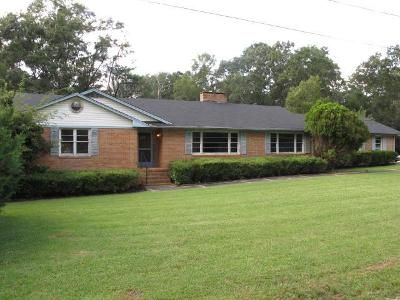 3 Bed 3 Bath Foreclosure Property in Fort Valley, GA 31030 - Beverly St