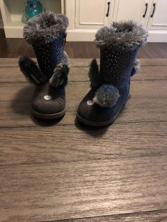 Grey bunny boots size 8