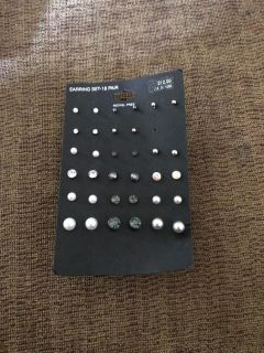 Earrings - never worn - porch pick up