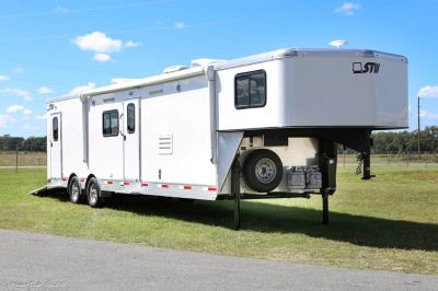Price reduced ! 2019 STW Enclosed Toy Hauler With 14