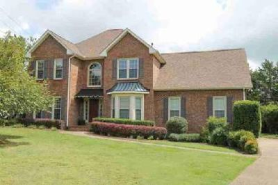 105 Jarod Way Lebanon Three BR, This home is IMMACULATE and very