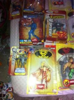 $2,200 Comics and dc direct action figures (Gulfport ms)