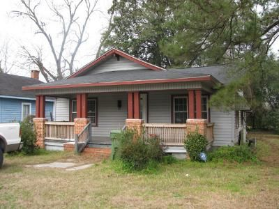 4 Bed 1 Bath Foreclosure Property in Darlington, SC 29532 - D Ave