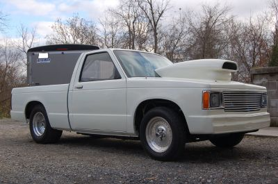 85 CHEVY S10 - BACK HALVED - ROLLER