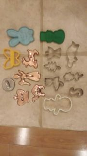 15 assorted cookie cutters
