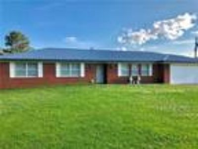 $109000 Three BR 2.00 BA, Muldrow
