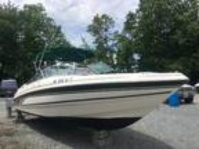 1999 Chaparral 2330 SS