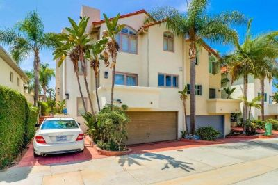 $5995 2 townhouse in Northern San Diego