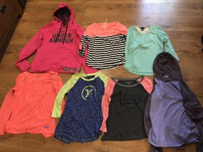 Name brand size small teen or women s