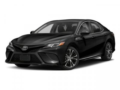 2018 Toyota Camry SE (Midnight Black Metallic)