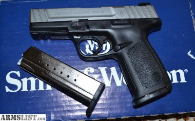 For Trade: Smith & Wesson SD9VE 9mm Full-Sized Pistol