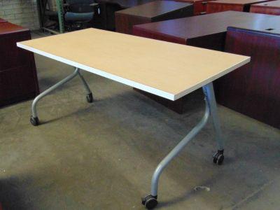 Flip Top Folding / Nesting Tables
